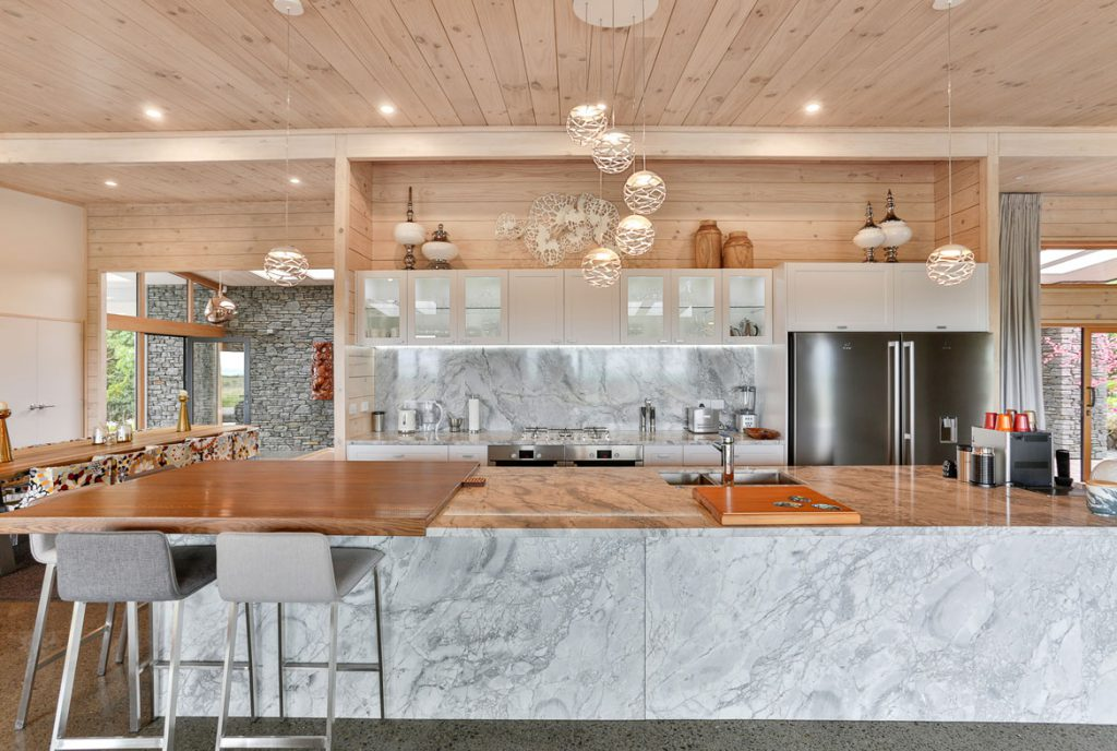 Kitchen Peka Peka Home with Marble