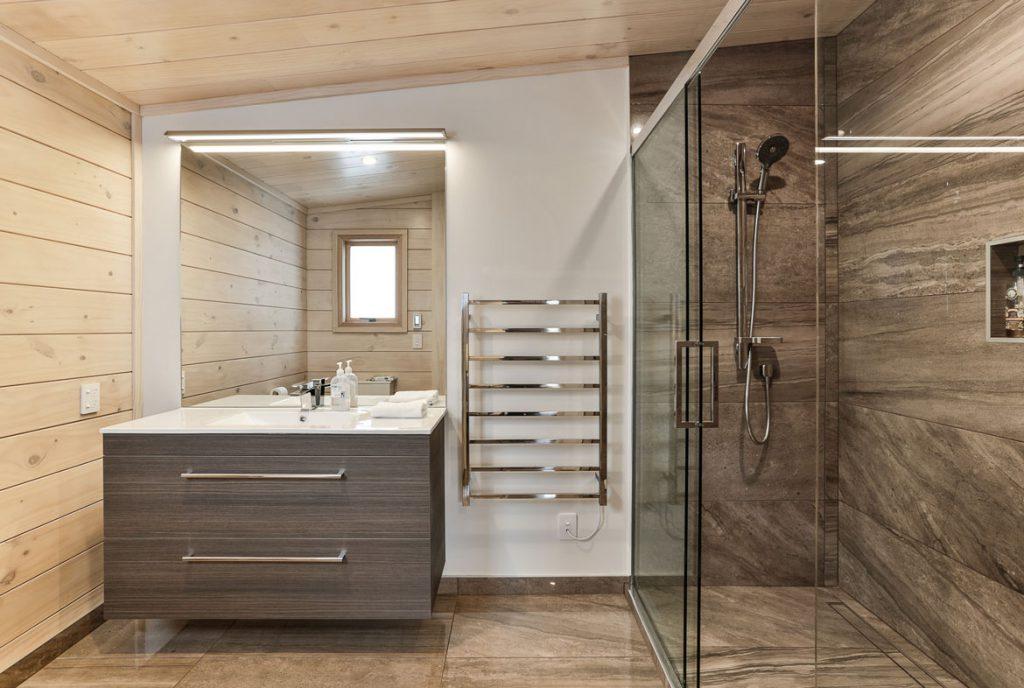 Lockwood Home Bathroom Peka Peka Home
