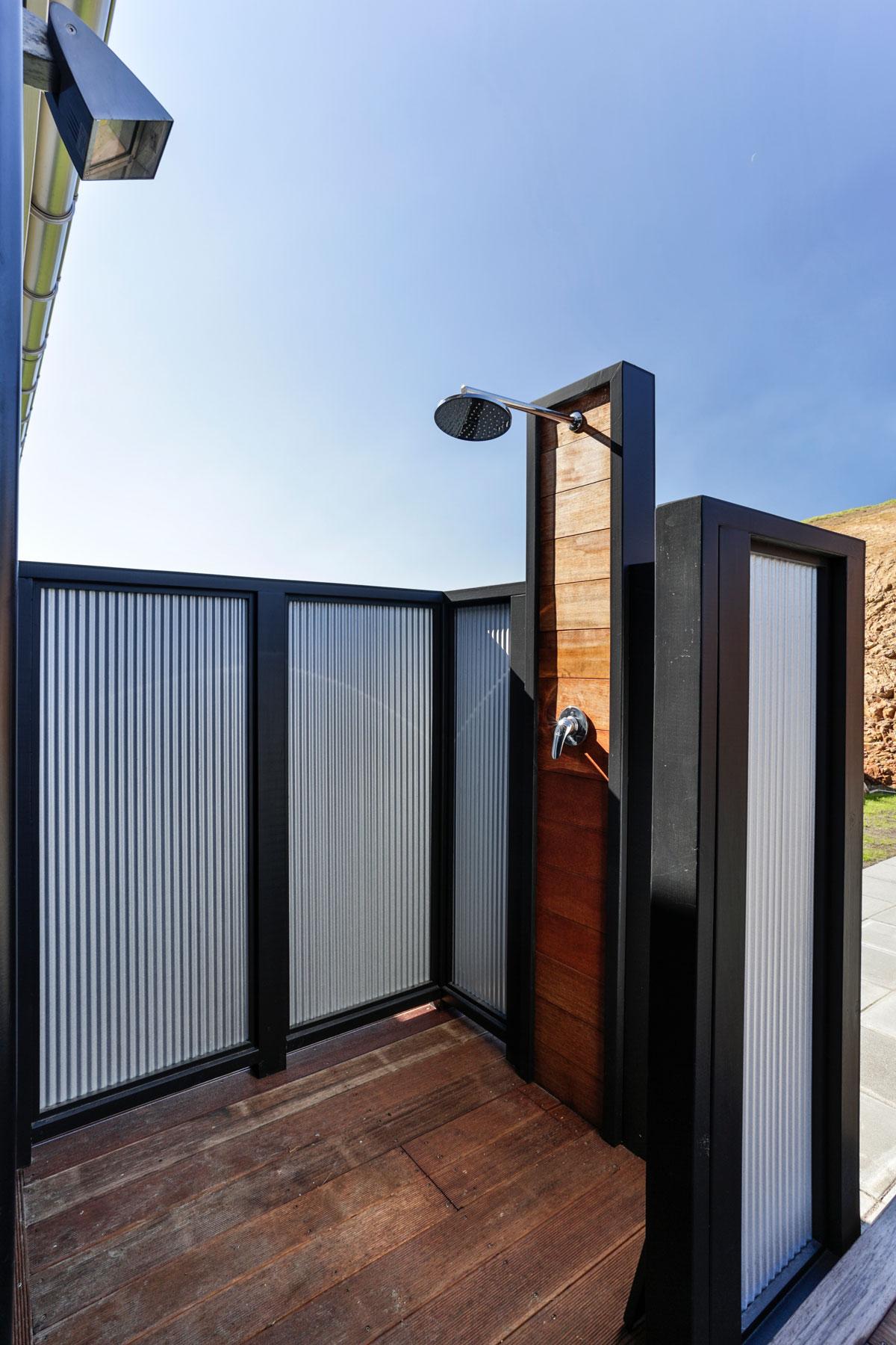 Lockwood Home outdoor shower