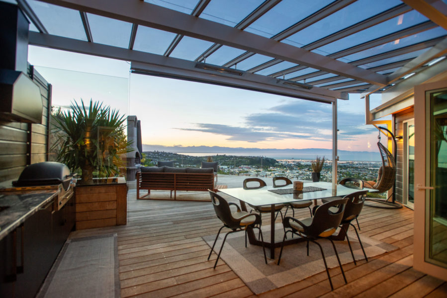 Designed for entertainment and incredible views image 12