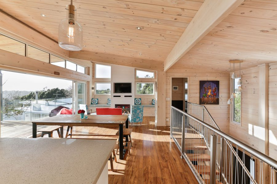 West Coast Cliff Top Family Home image 2
