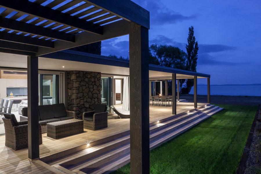 Turangi Lakeside Luxury image 0