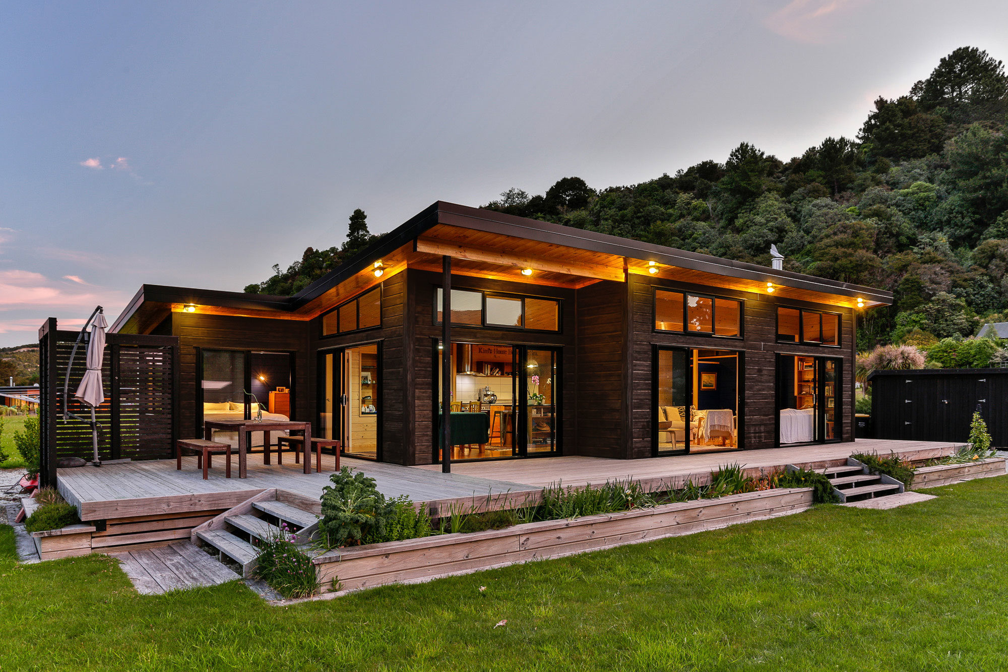 Lockwood holiday home with dark oil stain on VG pine exterior cladding