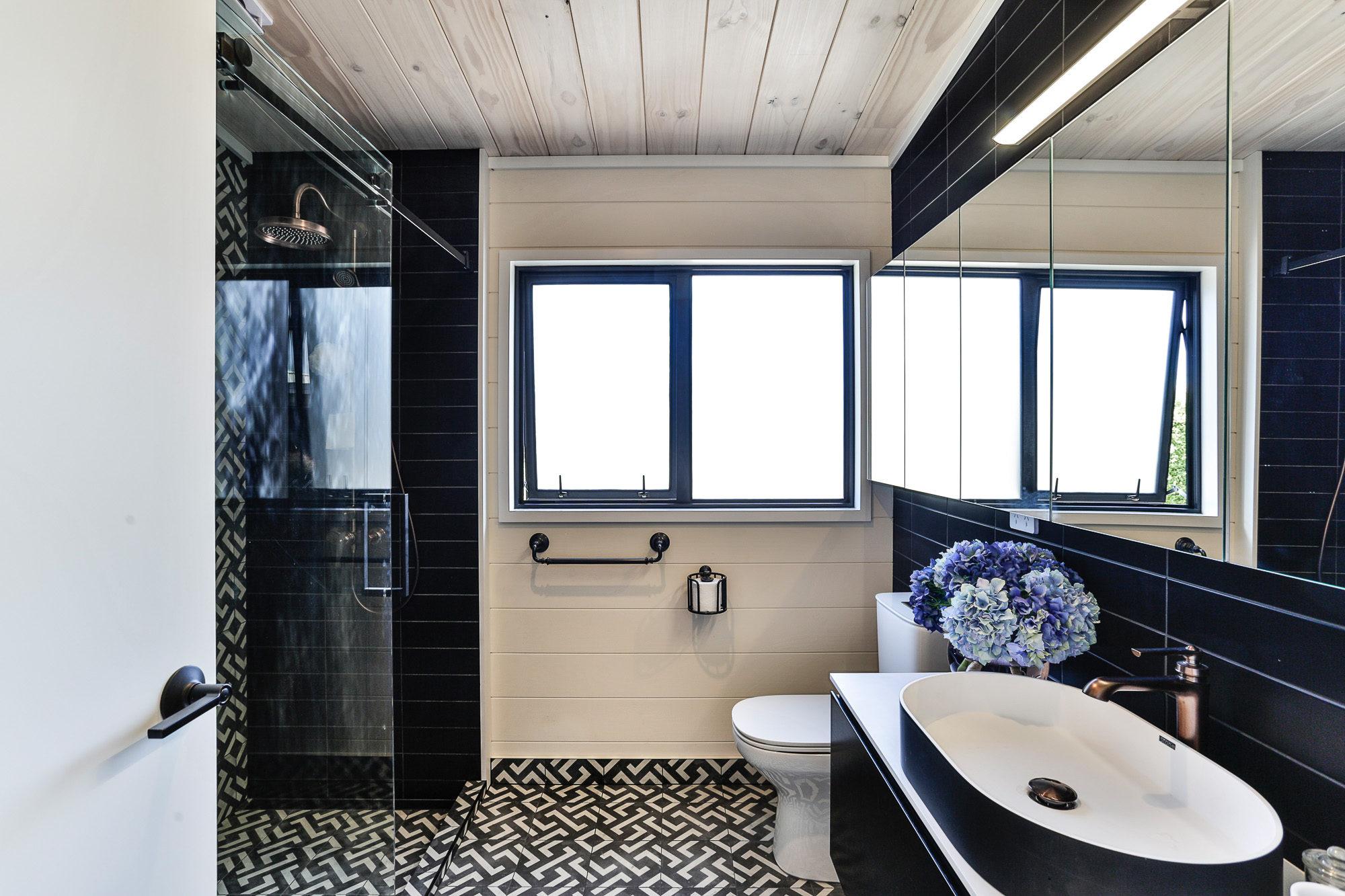 Lockwood Homes Taupo show home main bathroom