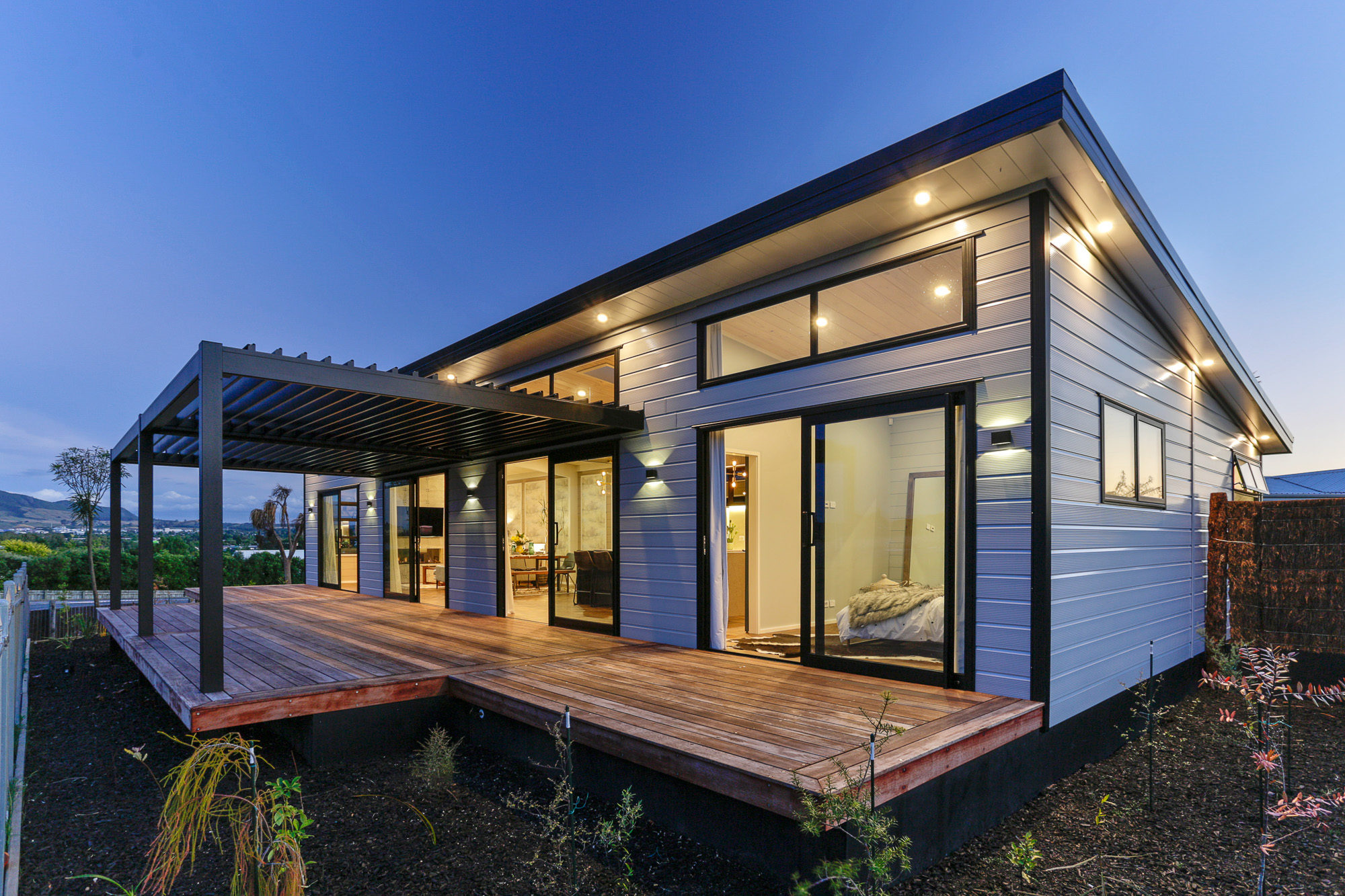 Lockwood Taupo Show Home with dark corner profiles