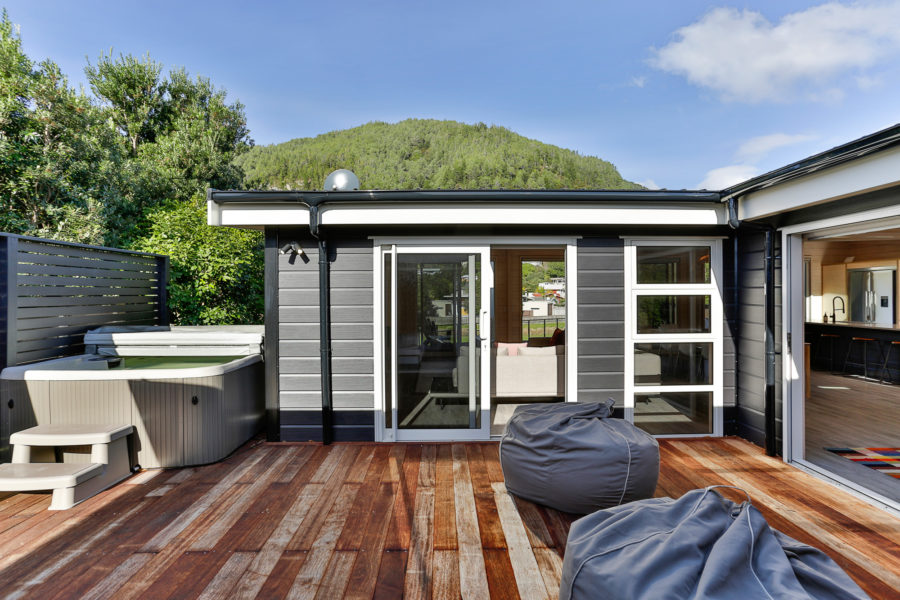 Customised solution for a stylish and modern holiday home image 11