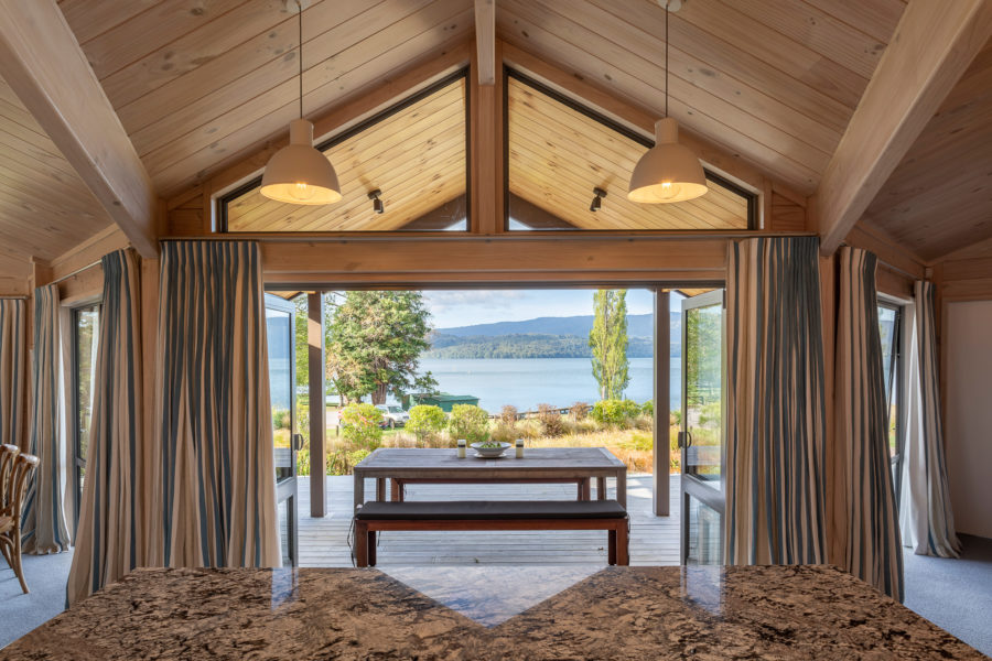 Moodie-Stephens home, elegant and relaxed living on the lake image 3