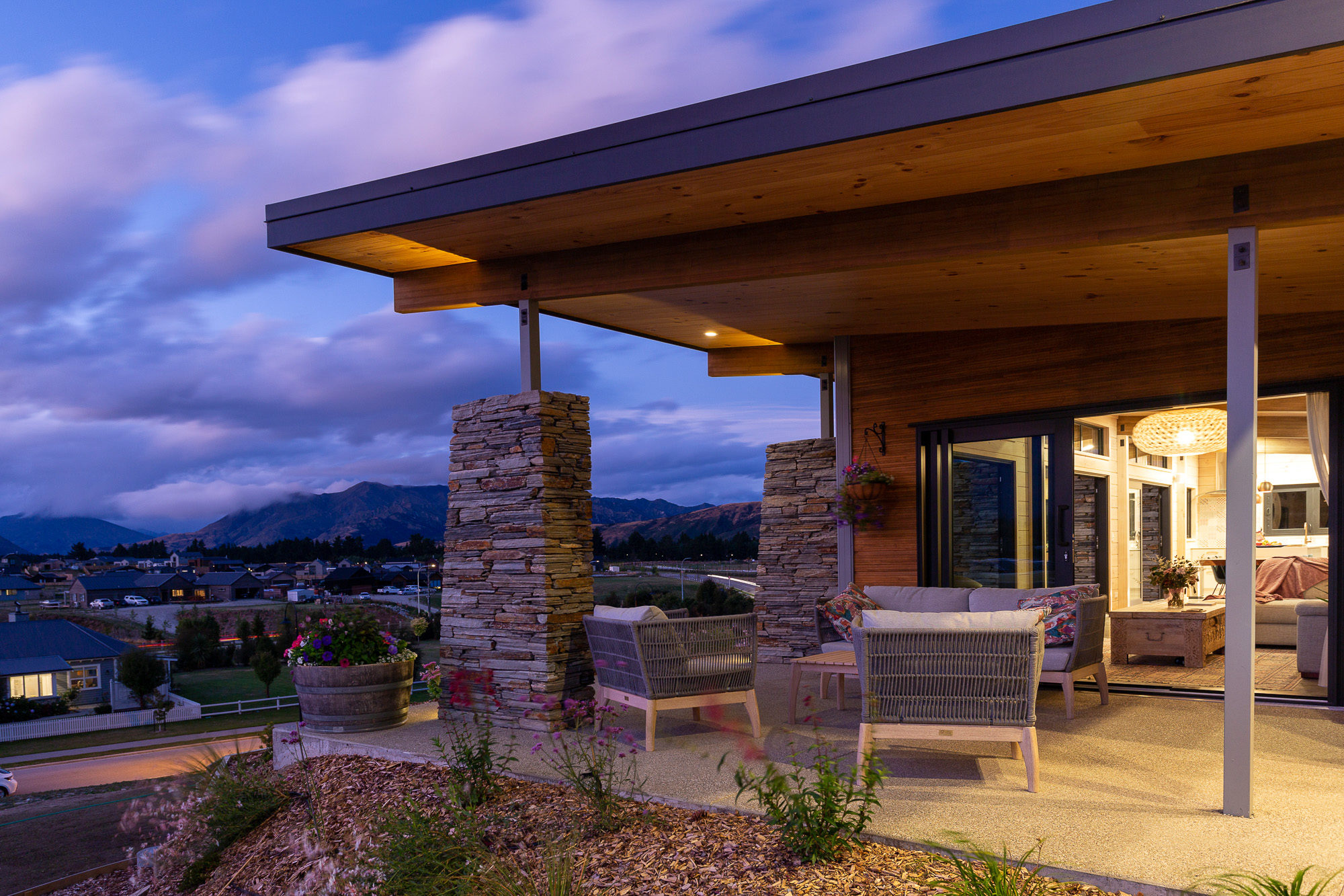 Large eaves created sheltered outdoor living in a Lockwood