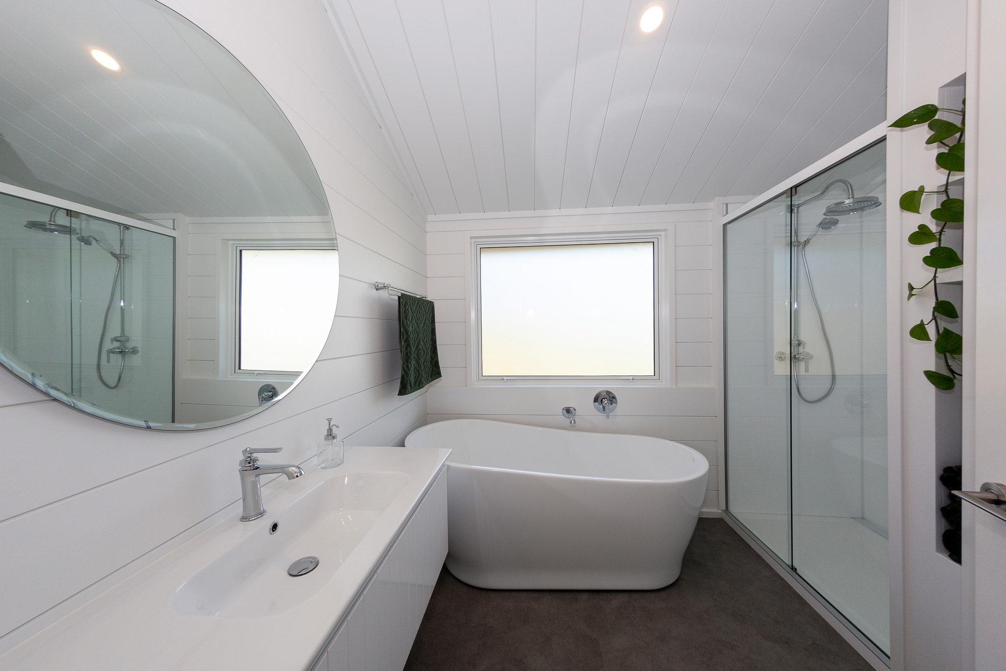 Painted bathroom in a Lockwood