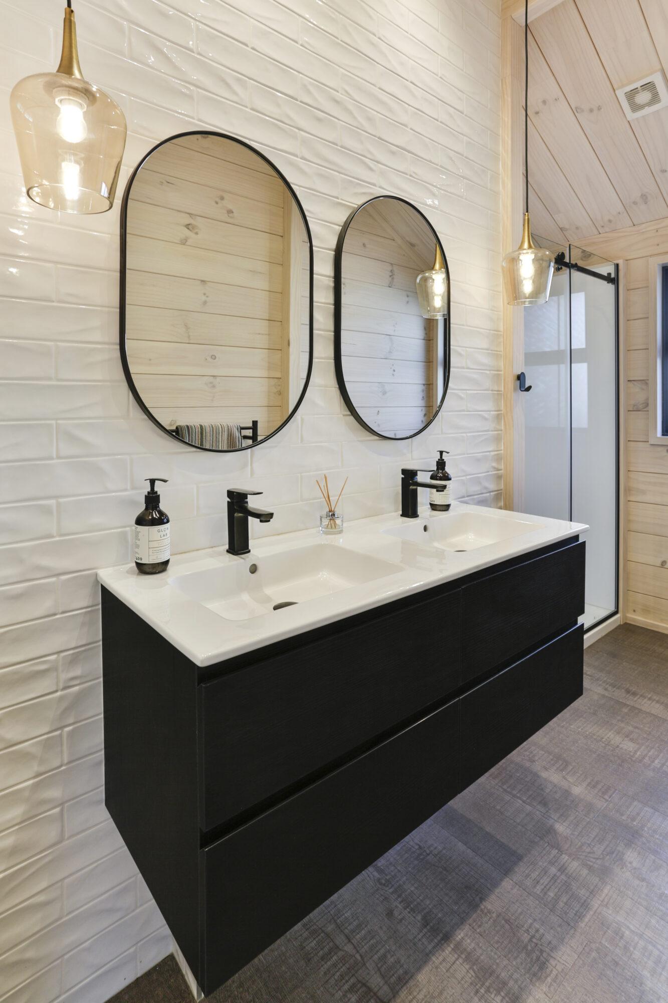 Simple Lockwood bathroom with black fittings