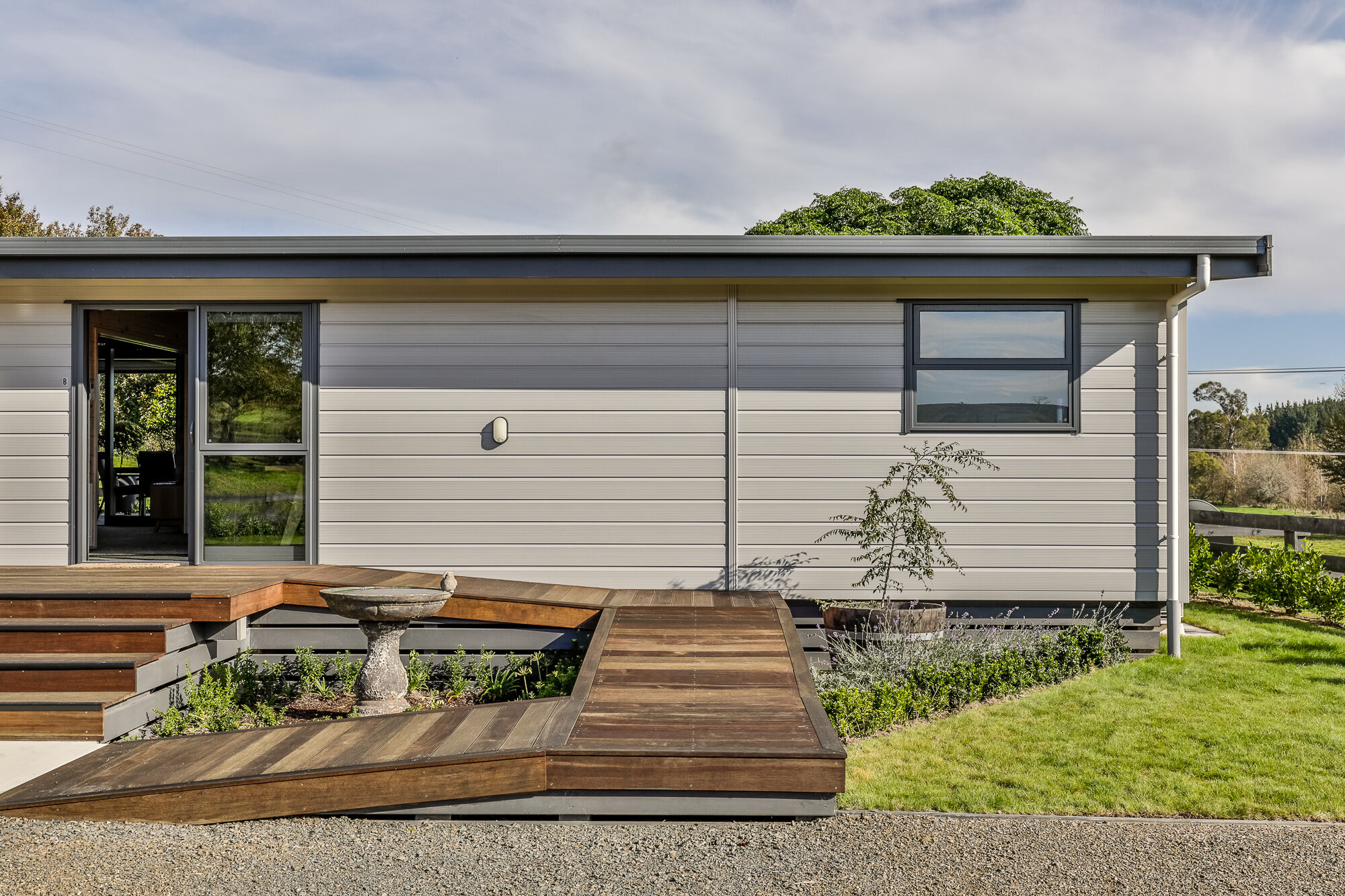 An easily accessible Lockwood home