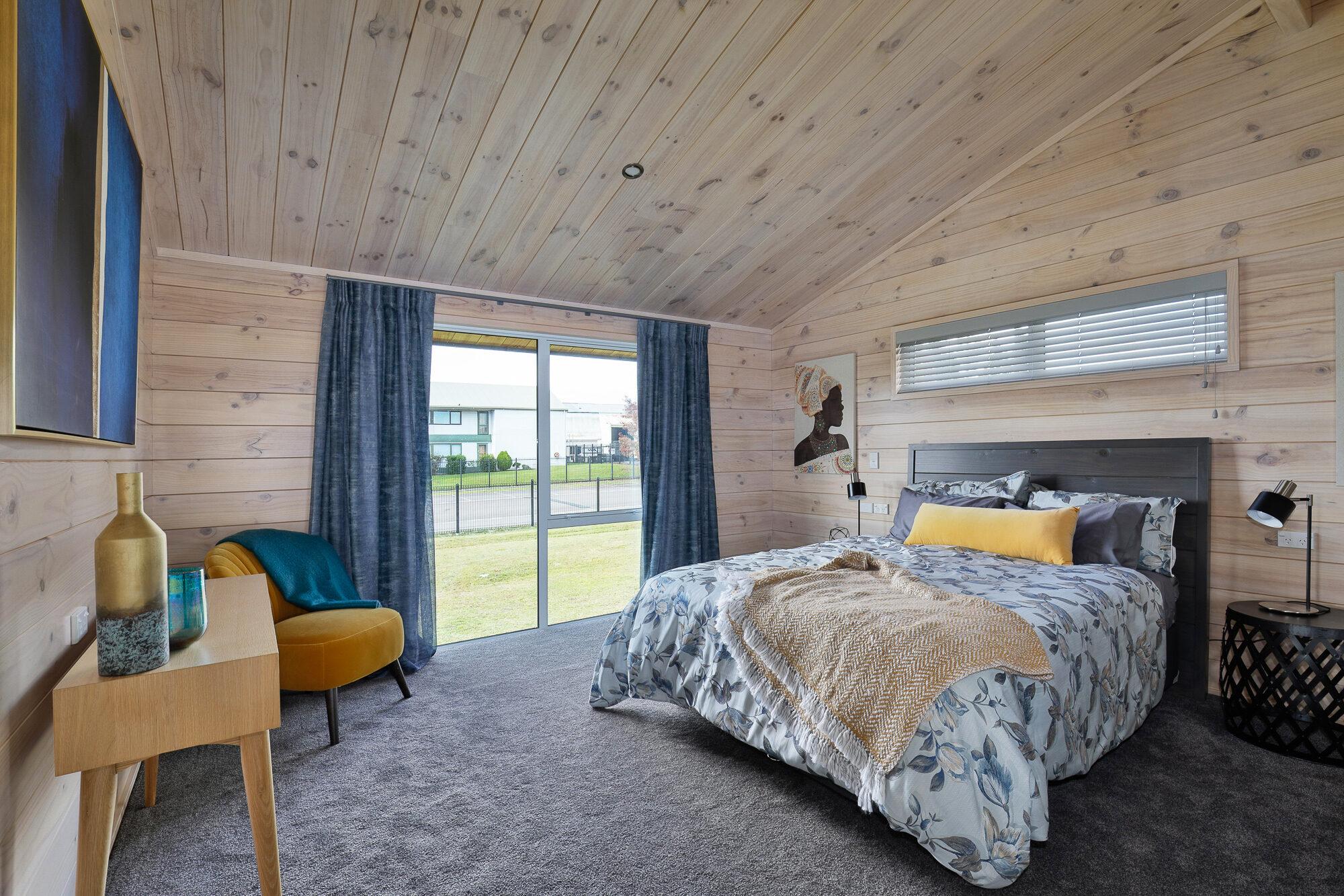 Lockwood Riverview Bedroom