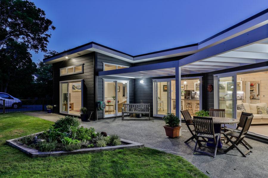 Crombie Family Home – Wellington image 16
